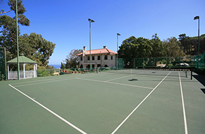 Camps Bay Retreat Tennis Court