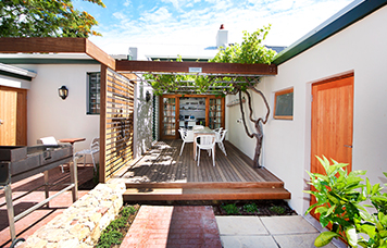 Stay 3 Pay 2 Camps Bay Service Apartments Special